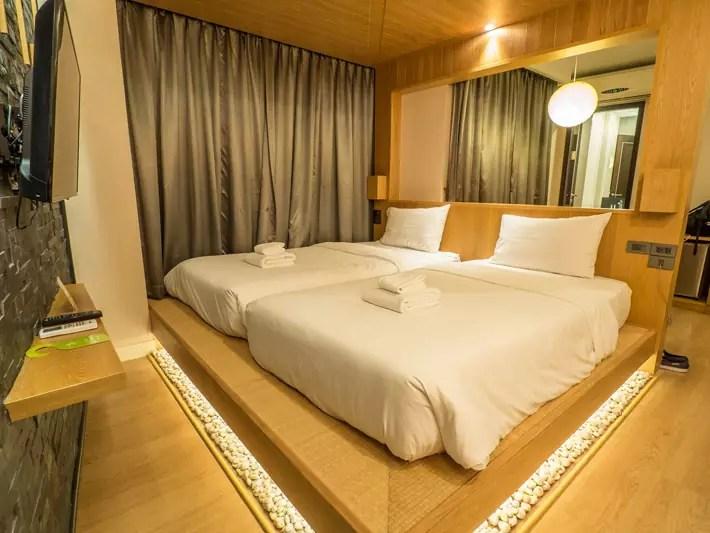 zenniq-hotel-twin-bedroom,-Day-trips-from-Bangkok,-Thailand