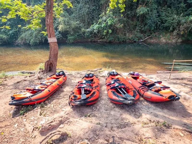 trekking-Luang-Namtha-Laos-Homestay-Nam-Ha-kayak