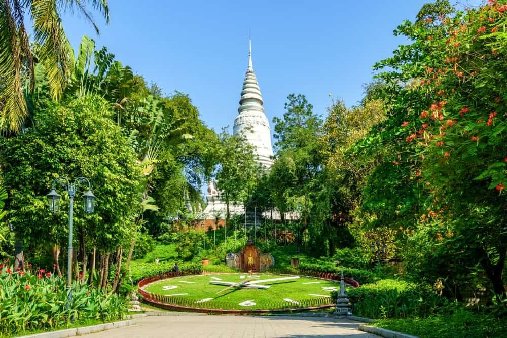Wat Phnom, 15-Day Vietnam-Cambodia Itinerary 16