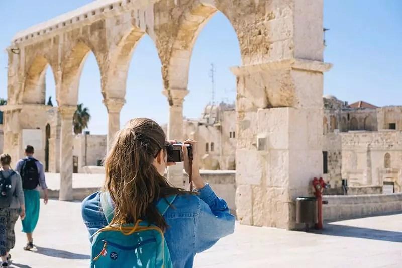 ancient-arch-architecture-girl camera