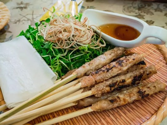 Grilled pork satay, what to eat in Da Nang, Vietnam