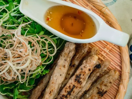 Grilled pork satay, what to eat in Da Nang, Vietnam, Things-to-do-in-Da-Nang-Vietnam