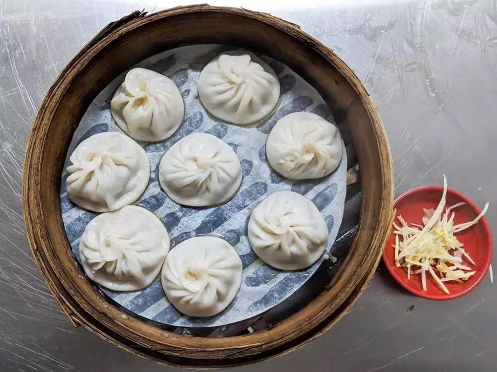 xiao-long-bao, things to eat in taipei taiwan