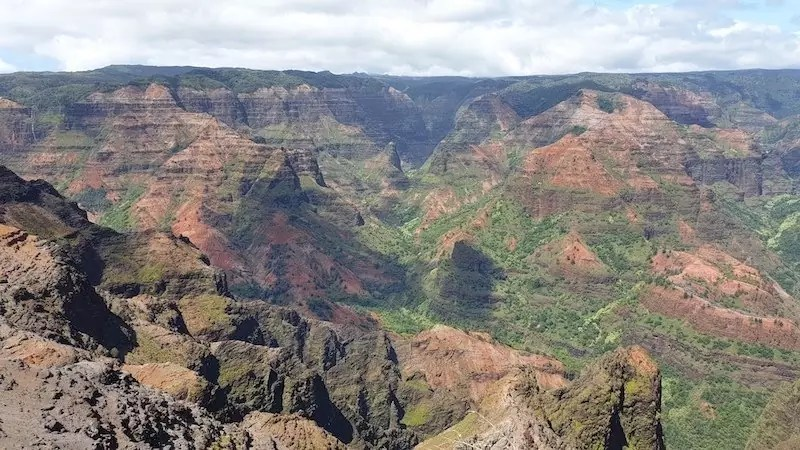 waimea canyon lookout, best hikes in kauai, hawaii