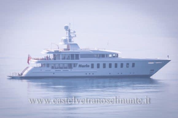 "Mega yacht ""Harle"" davanti Selinunte – FOTO"