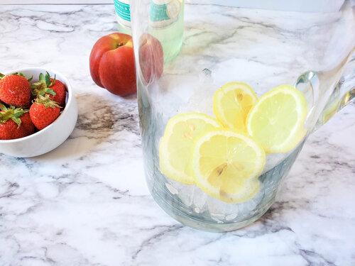 lemons in a pitcher