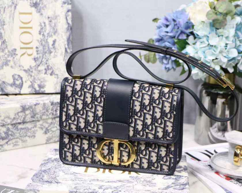 03863b3a6e Dior 30 Montaigne Bag – Luxury Paradise