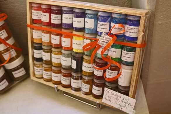 powdered-pigment-set