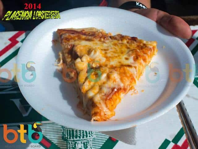 lobster pizza in placencia