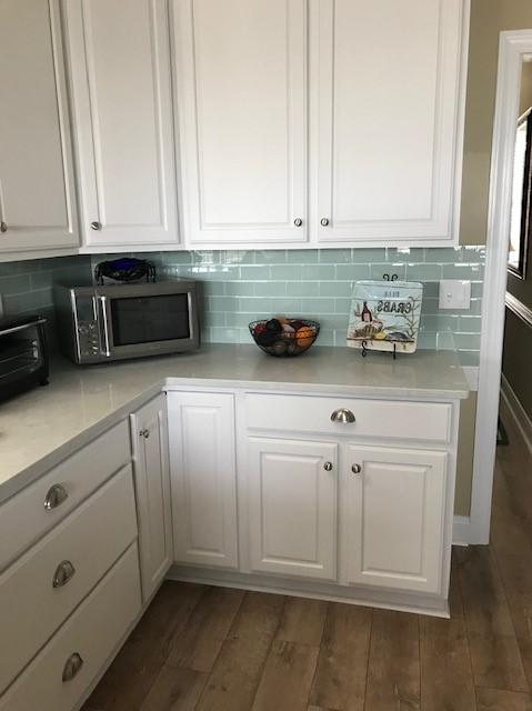 discount glass tile kitchen backsplash