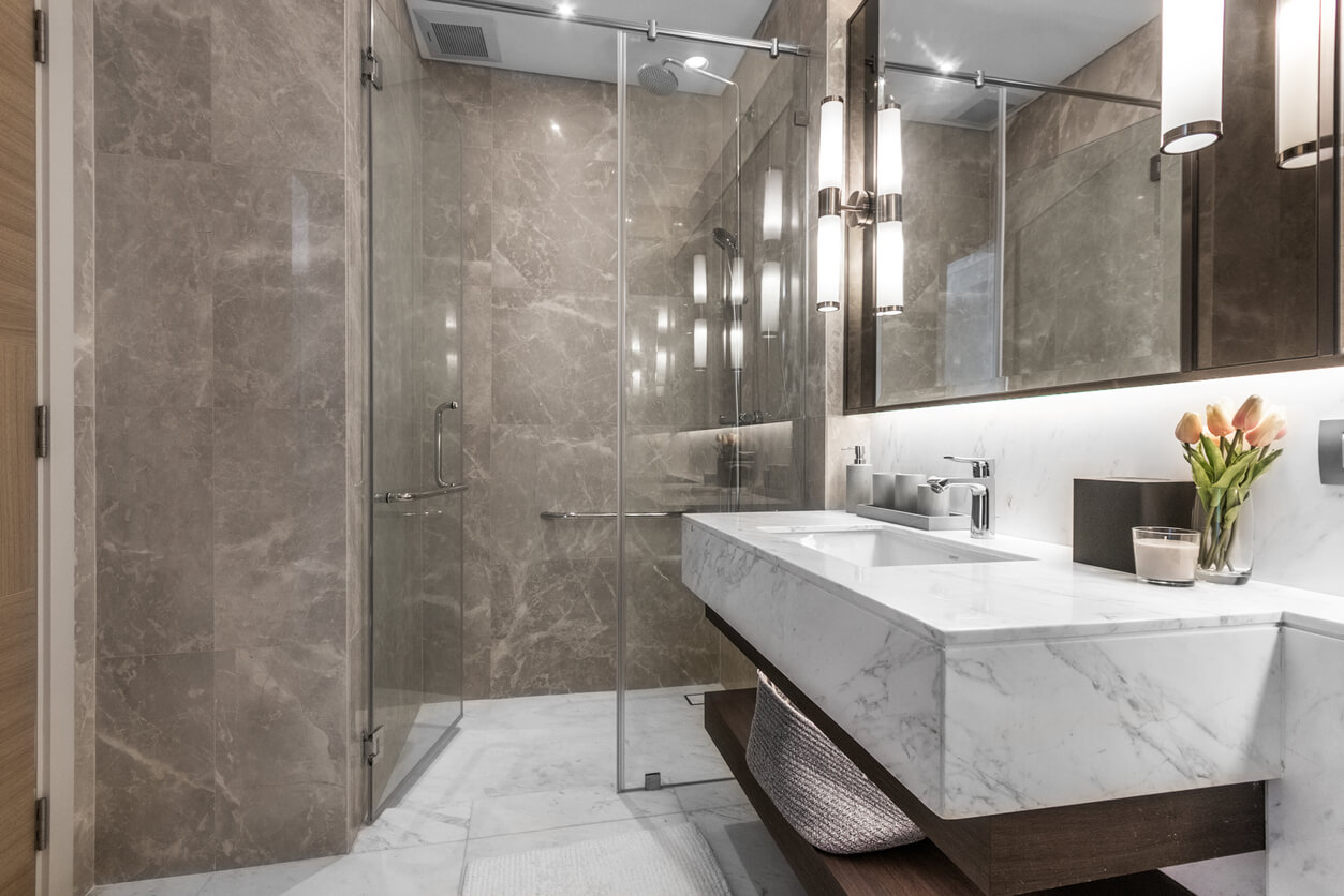 designing a marble bathroom ideas and
