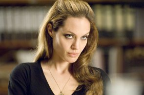 Angelina-Jolie-Movie