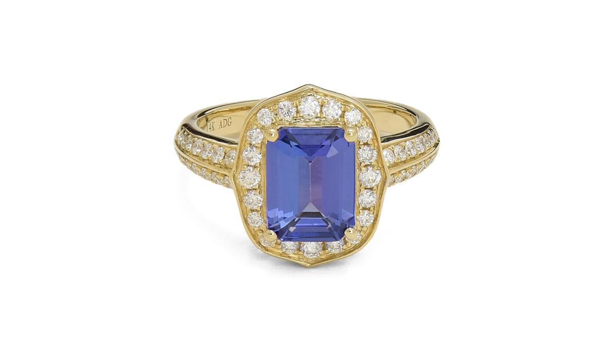 tanzanite-diamond-ring1200px