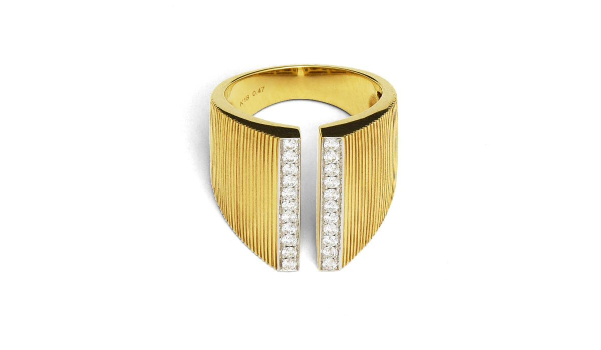 A split gold band with two rows of round diamonds