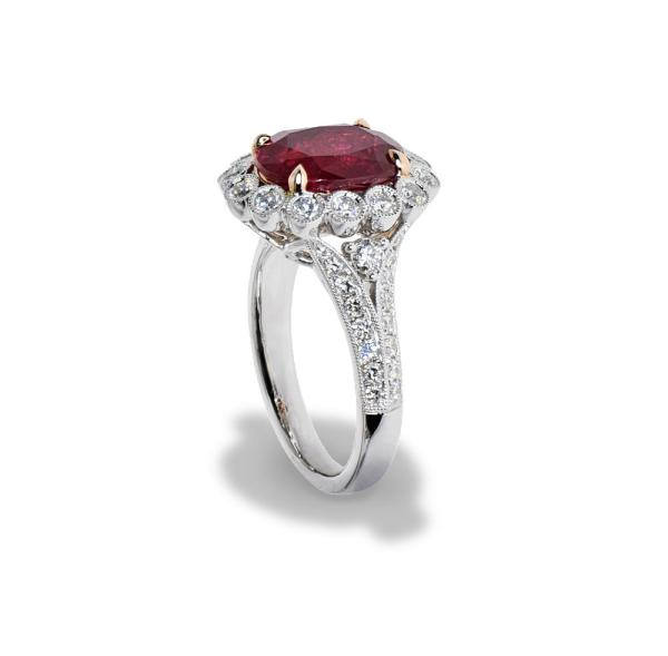 A white gold ring with diamonds