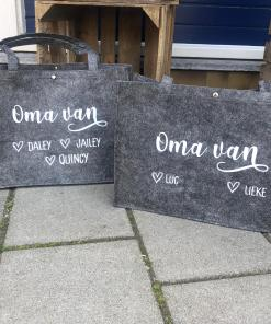 Gepersonaliseerde vilten tas - Mama - Oma - Tante - Gepersonaliseerde shopper - Shopper - Vilten shopper - Moederdag cadeau - Oppastas