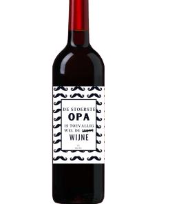 Wijn Wijn etiket Stoerste Opa Ben jij op zoek naar een leuk cadeautje voor een opa ? Geef deze gepersonaliseerde wijn cadeau Ook te bestellen als alleen een etiket, zodat je zelf een wijntje uit zoeken kan.