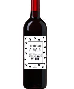 Wijn Wijn etiket Liefste Mama Ben jij op zoek naar een leuk cadeautje voor een Mama ? Geef deze gepersonaliseerde wijn cadeau Ook te bestellen als alleen een etiket, zodat je zelf een wijntje uit zoeken kan.