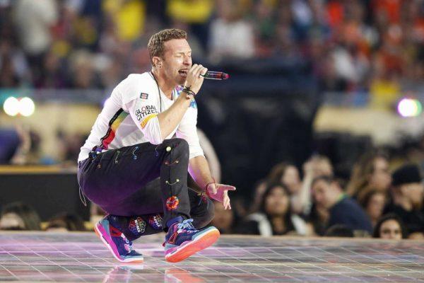 Super-Bowl-50-Beyonce-Coldplay-Mark-Ronson-February-2016-BellaNaija0009