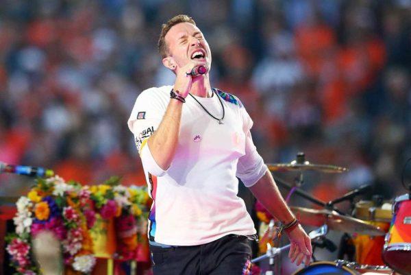 Super-Bowl-50-Beyonce-Coldplay-Mark-Ronson-February-2016-BellaNaija0017