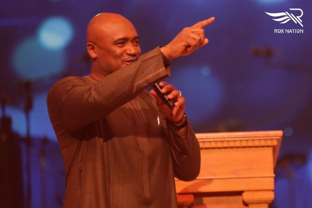 BellaNaija - #FearlessConcert: Kirk Franklin, Tim Godfrey, Frank Edwards worship God in Style   Photos + Video