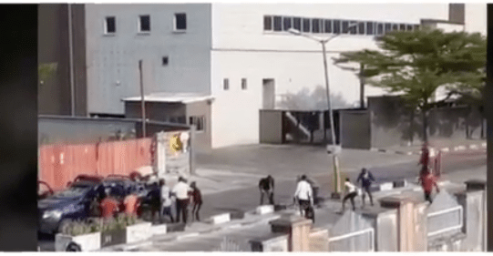 Protesters Invade Shoprite in Lekki over Xenophobic Attacks on Nigerians in SA
