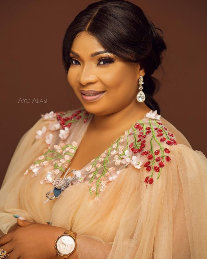 Laide Bakare celebrated her Birthday with New Photos & We ? Them | BellaNaija