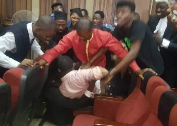 Sahara Reporters: DSS attempts to Rearrest Sowore in Court docket, Chases Judge Away