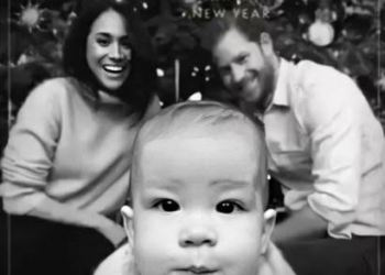 Meghan Markle & Prince Harry Give us a Sweet Glimpse of their First Christmas Card With Archie
