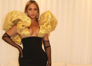 All Hail Queen Beyonce at the 77th Annual Golden Globe Awards