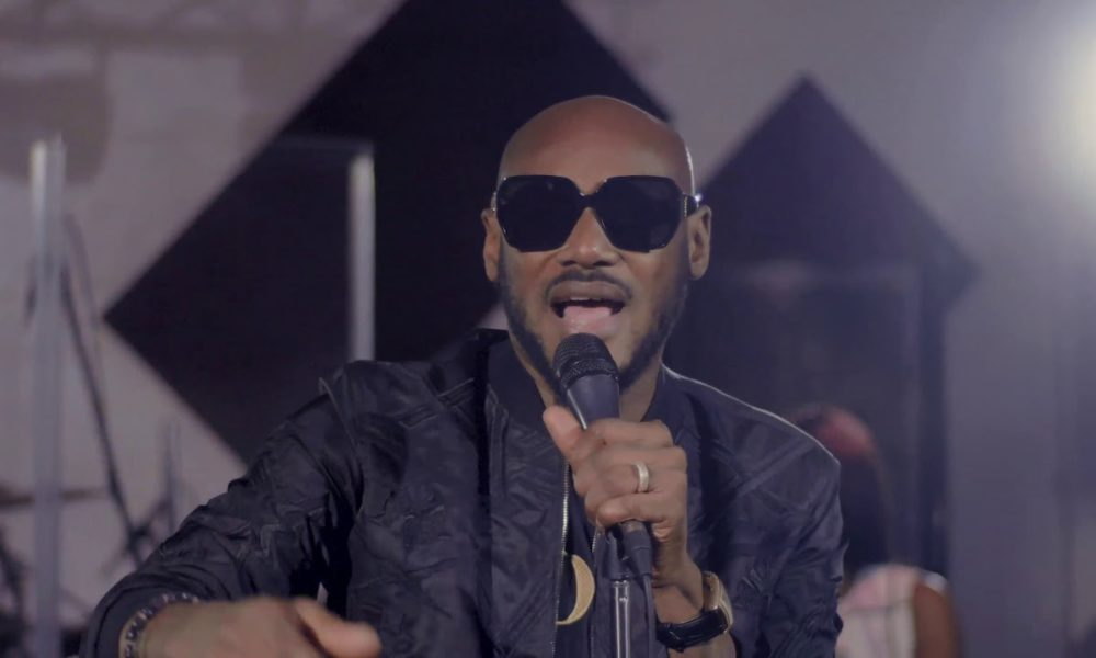 "You Need to Check Out this Live Performance of ""African Queen"" & Other Hits by 2Baba"