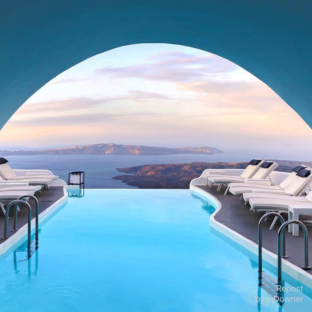 Enjoy the White Dreamy View of this #BNHoneymoonSpot in Santorini