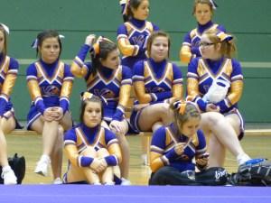 college cheerleaders