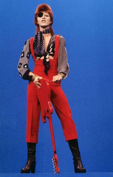 performing Rebel Rebel 1974