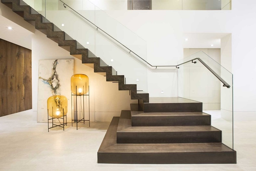 Contemporary Floating Zigzag Stair Collaboration Bella Stairs   Zig Zag Staircase Design   Stringer   Dual Staircase   Chain Staircase   Sawtooth   Steel