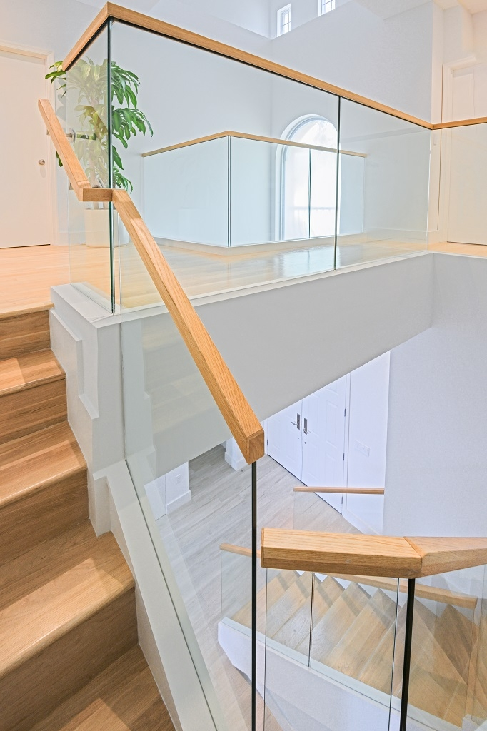 Glass Railings Wooden Cap Rails Bella Stairs | Wood And Glass Staircase | Stair Case | Simple | Spiral | Small | Light Oak Glass