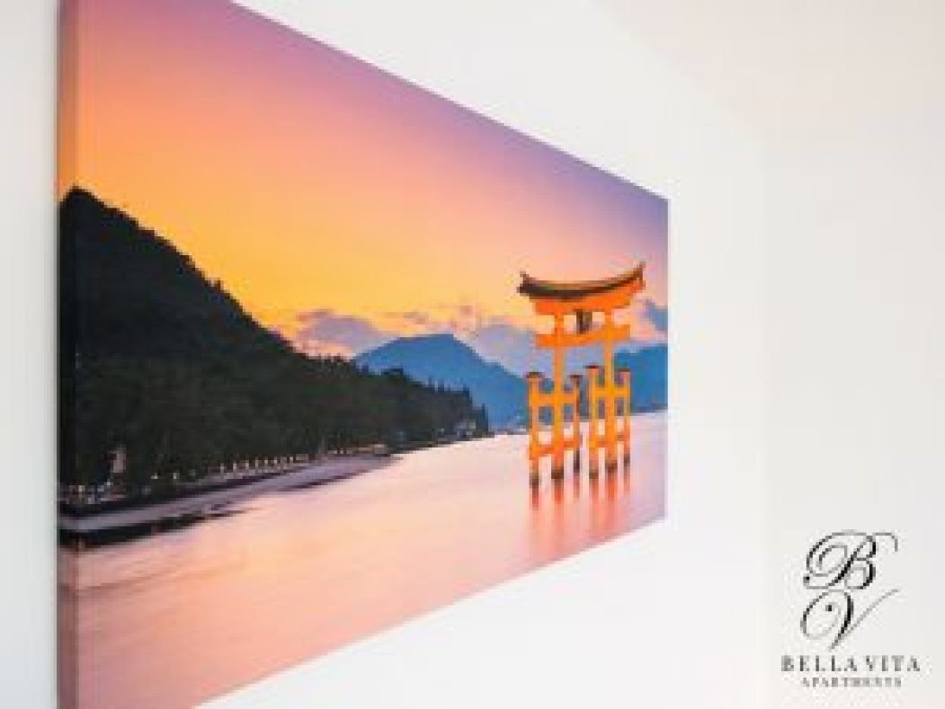 Апартамент под наем Благоевград с японска картина