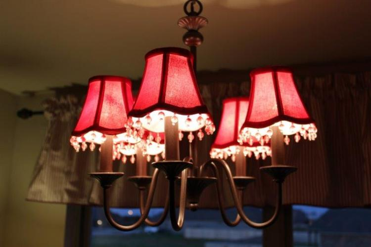 A CHANDELIER REDESIGNED ON A BUDGET