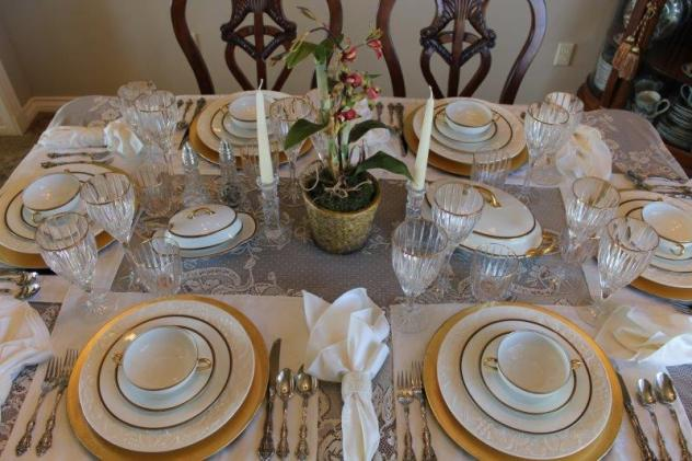 Belle Bleu Interiors Elegant Tablescape 11