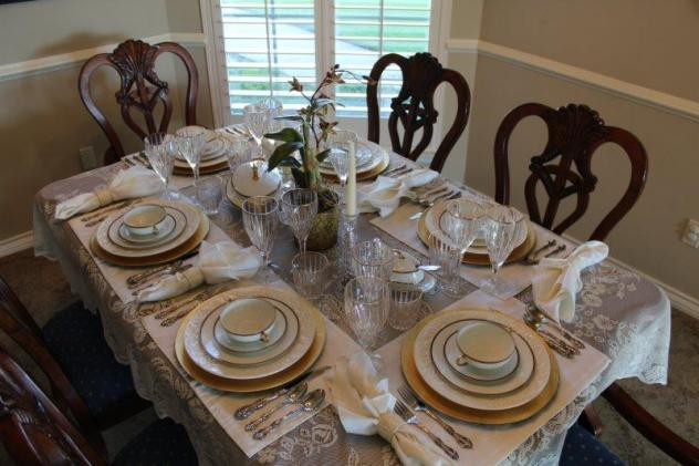 Belle Bleu Interiors Elegant Tablescape 7