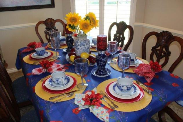 Belle Bleu Interiors Colorful Tablescape 12