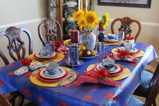 Belle Bleu Interiors Colorful Tablescape 7