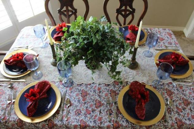 Belle Bleu Interiors Transitional Tablescape 9