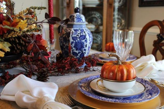 Belle Bleu Interiors Fall Tablescape 15
