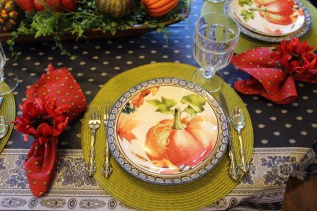 Belle Bleu Interiors Pumpkin Tablescape 1