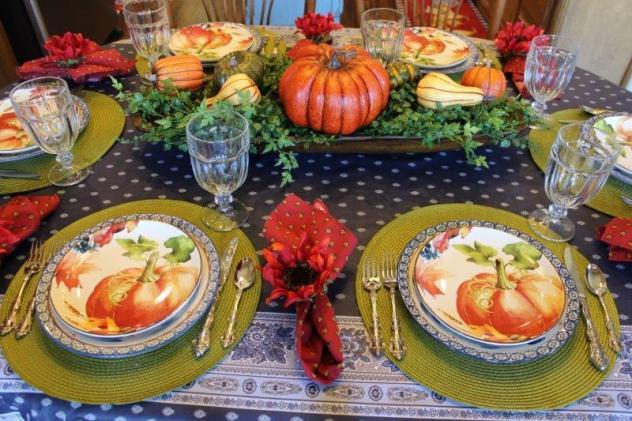 Belle Bleu Interiors Pumpkin Tablescape 2