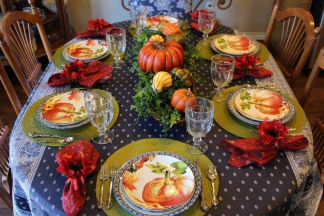 Belle Bleu Interiors Pumpkin Tablescape 9