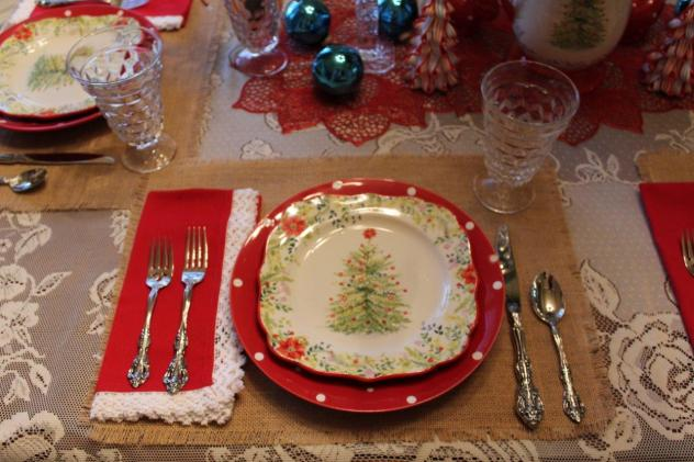 Belle Bleu Interiors Christmas Tablescape Blog Hop 2