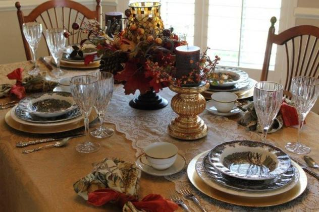Belle Bleu Interiors Thanksgiving Tablescape Roundup 6