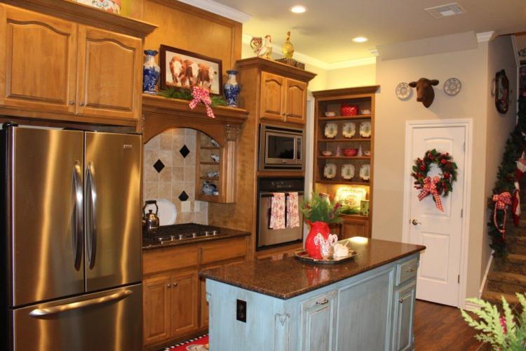Belle Bleu Interiors Christmas Home Tour 34